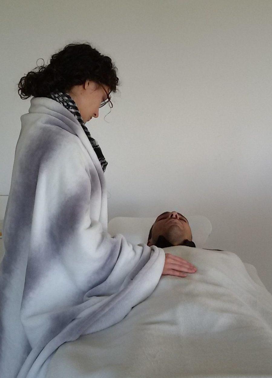 Sesión-Osteopatía-Biodinámica